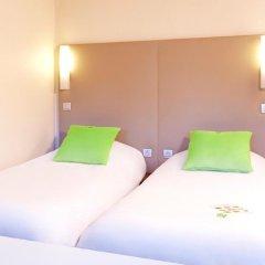 Отель Campanile Villeneuve D'Ascq 3* Улучшенный номер с различными типами кроватей фото 4