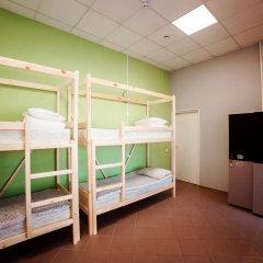Hostel Lastochka Кровать в общем номере с двухъярусной кроватью фото 3