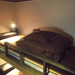 Fukuoka Hana Hostel Кровать в общем номере фото 4