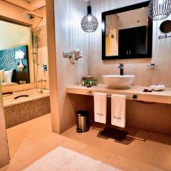 Signature Hotel Al Barsha 4* Улучшенный номер с различными типами кроватей фото 5