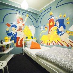 Art Hostel Contrast Стандартный номер с различными типами кроватей