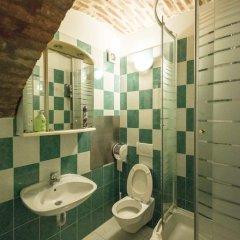 Отель Angel's Place Vienna 3* Номер с общей ванной комнатой фото 12