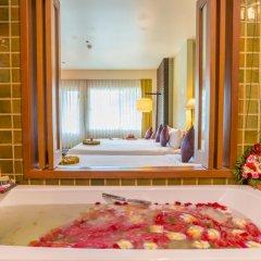 The Royal Paradise Hotel & Spa 4* Улучшенный номер с двуспальной кроватью фото 2