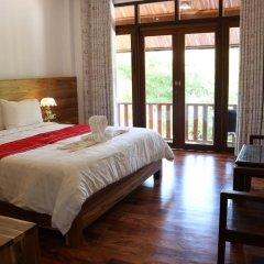 Отель Villa Oasis Luang Prabang 3* Номер Делюкс с двуспальной кроватью фото 5