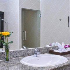 Отель Deevana Patong Resort & Spa 4* Улучшенный номер с двуспальной кроватью