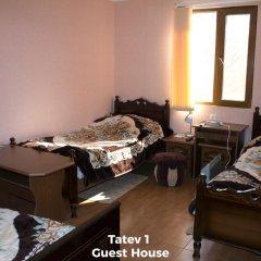 Отель Tatev Bed and Breakfast Армения, Татев - отзывы, цены и фото номеров - забронировать отель Tatev Bed and Breakfast онлайн комната для гостей фото 5