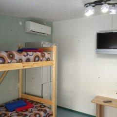 Хостел CENTRE Кровать в общем номере двухъярусные кровати
