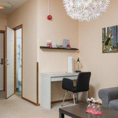 Отель Hotell Fridhemsgatan 3* Стандартный семейный номер с различными типами кроватей фото 16