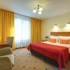 Отель Radi un Draugi 4* Стандартный номер с двуспальной кроватью фото 11