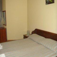 Отель Hera Guest House 2* Стандартный семейный номер с двуспальной кроватью фото 5