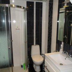 Отель Ovcharovi Guest House Балчик ванная