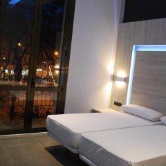 Отель Hostal Plaza Goya Bcn Стандартный номер фото 8