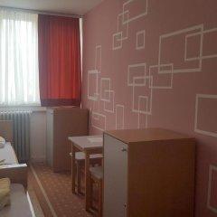 Youth Hostel Zagreb Стандартный номер с различными типами кроватей (общая ванная комната) фото 13
