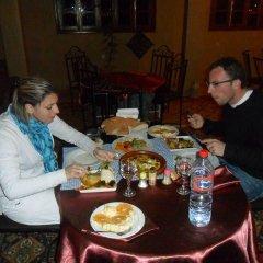 Отель Maison d'Hôtes Ghalil Марокко, Уарзазат - отзывы, цены и фото номеров - забронировать отель Maison d'Hôtes Ghalil онлайн питание фото 3