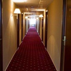 Гостиница Амакс Отель Омск в Омске 1 отзыв об отеле, цены и фото номеров - забронировать гостиницу Амакс Отель Омск онлайн интерьер отеля фото 3