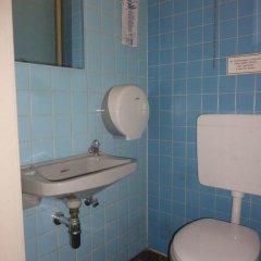Buch-Ein-Bett Hostel Стандартный номер с 2 отдельными кроватями фото 2