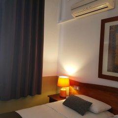 Отель Hostal LK Стандартный номер с различными типами кроватей фото 5