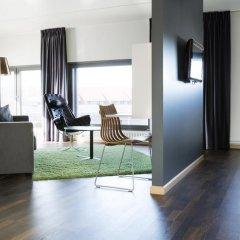 Comfort Hotel RunWay 3* Стандартный семейный номер с двуспальной кроватью фото 6