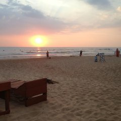 Drifters Hotel & Beach Restaurant пляж