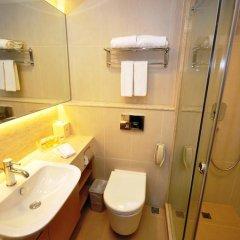 Отель The Salisbury - YMCA of Hong Kong Стандартный номер с 2 отдельными кроватями фото 6