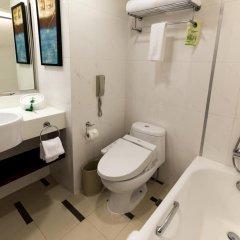 Отель Holiday Inn Shanghai Hongqiao Central 4* Улучшенный номер с различными типами кроватей фото 2