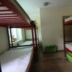 Hostel Zoo - Key2Gates Кровать в общем номере с двухъярусной кроватью фото 10