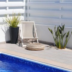 Отель Narcissos Bay View Villa Кипр, Протарас - отзывы, цены и фото номеров - забронировать отель Narcissos Bay View Villa онлайн бассейн фото 3