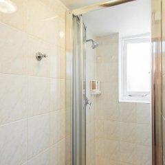 Hotel Strand Continental Стандартный номер с 2 отдельными кроватями (общая ванная комната)