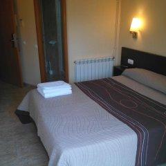 Отель Hostal Sant Sadurní Стандартный номер с двуспальной кроватью фото 10