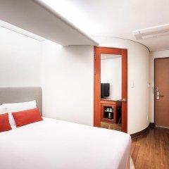 Hotel Prince Seoul сейф в номере