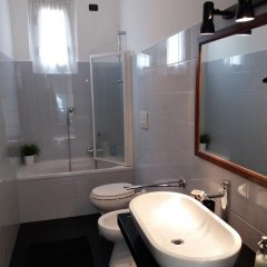 Отель La casa del viaggiatore Генуя ванная фото 2