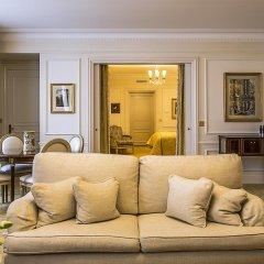 Отель Four Seasons George V Paris фото 9