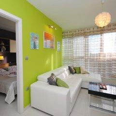 Апартаменты Bačvice beach apartment комната для гостей фото 4
