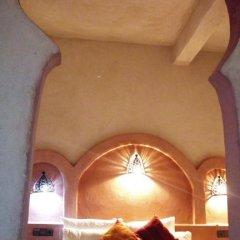 Отель Camels House Марокко, Мерзуга - отзывы, цены и фото номеров - забронировать отель Camels House онлайн интерьер отеля фото 2