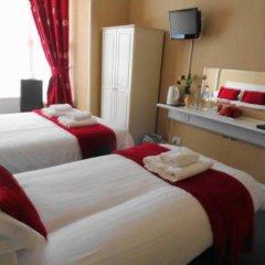 Отель Lyndhurst Guest House 3* Стандартный номер с двуспальной кроватью фото 4