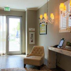 Отель Gale South Beach, Curio Collection by Hilton удобства в номере