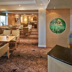 Отель Hilton Düsseldorf 5* Представительский номер разные типы кроватей фото 2