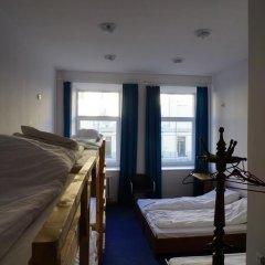 Отель Budget Central 2* Стандартный семейный номер с двуспальной кроватью фото 13
