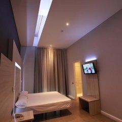 Отель Hostal Plaza Goya Bcn Стандартный номер фото 23