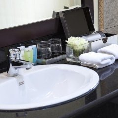 Medallion Hanoi Hotel 4* Люкс с различными типами кроватей фото 9