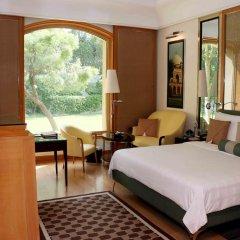 Отель Trident, Gurgaon 5* Номер Делюкс с двуспальной кроватью фото 4