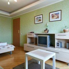 Гостиница Home Hotel Apartments on Livoberezhna Украина, Киев - отзывы, цены и фото номеров - забронировать гостиницу Home Hotel Apartments on Livoberezhna онлайн удобства в номере