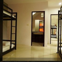 M Hostel Lanta Кровать в общем номере с двухъярусной кроватью фото 5