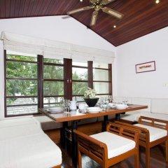 Отель Baan Chai Nam питание