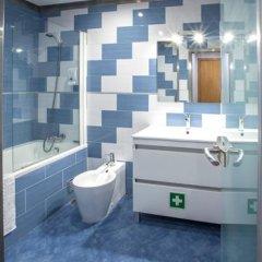 Отель Famous Crows ванная