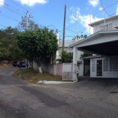 Отель The View Guest House Ямайка, Монтего-Бей - отзывы, цены и фото номеров - забронировать отель The View Guest House онлайн парковка