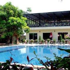 Отель Phi Phi Andaman Resort бассейн фото 3