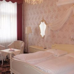 Отель Aviano Pension 4* Стандартный номер с двуспальной кроватью фото 7