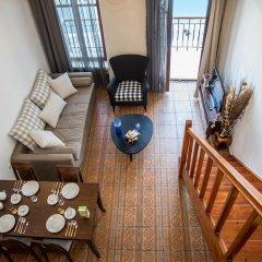 Отель Porto Enetiko Suites интерьер отеля