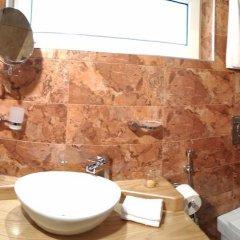 Отель Villa Legend of Tbilisi -17 Abano St Грузия, Тбилиси - отзывы, цены и фото номеров - забронировать отель Villa Legend of Tbilisi -17 Abano St онлайн ванная фото 2